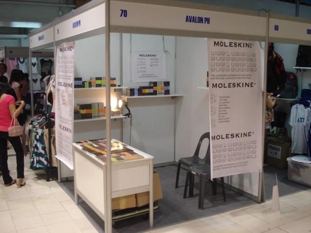 Moleskine Display 01 2008 b